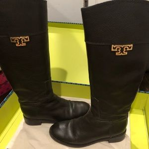 Tory Burch Brown Leather Riding Books 9